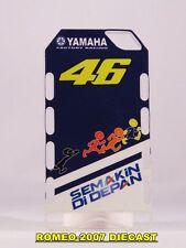 1:12 Pit board - pitboards Valentino Rossi Yamaha 2010 no minichamps RARE