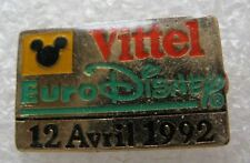Pin's VITTEL Euro Disney 12 Avril 1992 #C3