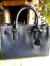 magnifique sac modèle Dillon Michael Kors, bleu marine comme neuf