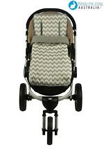 Keep Me Cosy™  2 in 1 Infant Footmuff + Universal Pram Liner Set - Grey Chevron