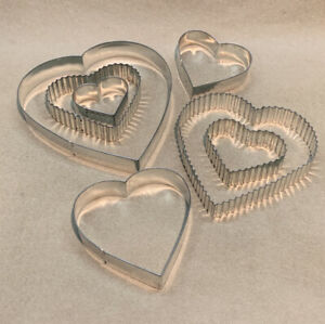 7 Hearts Cookie Cutter Set In Tin Extra Large - Small Sizes Cute Valentines Day