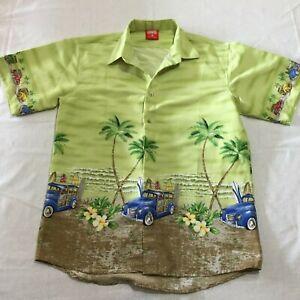 Men's Fun Hawaiian shirt, Green with cars, Short Sleeve Size 16 (Med)