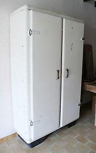 Armoire métallique cuisine 50 60 atelier industriel loft design 1950 1960