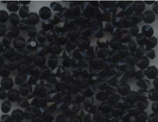 451130 *** 40 strass anciens fond conique 4,7mm NOIR