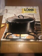 NEW Lodge Cast Iron Dutch Oven 5 Qt  Pot w/ Lid NEW  In Box