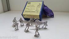 Hinchliffe - boîte et 6 figurines de soldats + 1 cheval