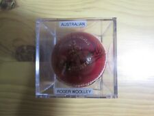 ROGER WOOLLEY SIGNED CRICKET BALL WITH DISPLAY CUBE AND COA