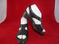 SAS Women's Leather Sandals Size 7 N Narrow Black Croc Tripad Comfort Shoes EUC