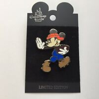 WDW - Football Mickey Orange/Blue Surprise Release LE 1000 Disney Pin 8186
