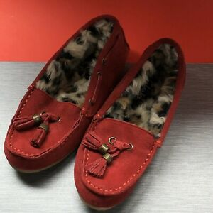 Clarks Moccasins Suede Slippers w/Faux Fur Lining & Tassels Womens Red 5M