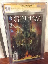 Gotham By Midnight #1 9.8 CGC SS Signed by the cast 9 Autographs! Batman DC