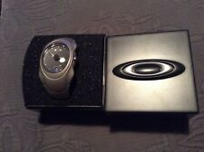 OAKLEY TITANIUM WATCH BRAND NEW RARE to see in this condition