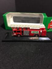 HESS MINIATURE 1999 FIRE TRUCK WITH WORKING LIGHTS 1/43 DIE CAST