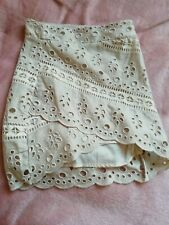 H&M Embroidered Skirt New Size 6
