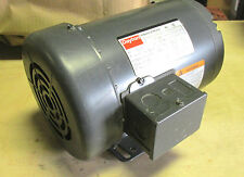* NIB .. DAYTON Industrial Motor Cat# 3N017J .. 3Ph, 1Hp, 1725rpm .. VY-207