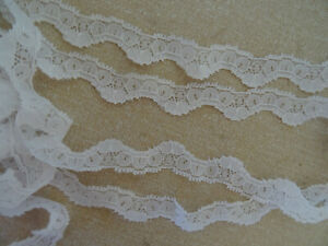 White non-stretch Lace Edging narrow scallop shaped 3m lengths