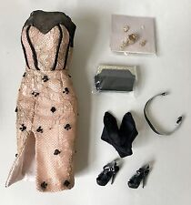 """FASHION ROYALTY FR2 CONTRASTING PROPOSITION NATALIA OUTFIT FOR 12'"""" DOLL"""