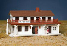 Bachmann 45162 Ho-Scale Saloon And Barber Shop Plasticville Snap Kit New