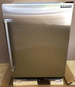 "Sub-Zero UC-24CI-RH 24"" Built-in Undercounter Refrigerator Freezer in Stainless"