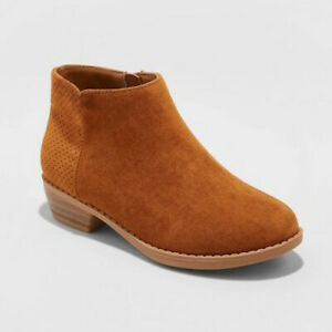 New Cat & Jack Debbie Fashion Ankle Boots Booties Cognac Brown Girls Size 4