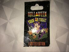 Disney Pin Minnie Mouse Dressed as a Kitten Halloween Trick Treat