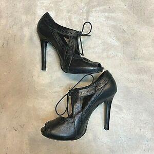 Gianni Bini Womens Oxford Mary Jane High Heels Peep Toe Lace Up Classic Size 9