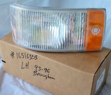 NOS 93 96 CADILLAC BROUGHAM TURN SIGNAL LENS HOUSING LAMP MARKER LIGHT ORNAMENT