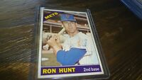 1966 TOPPS RON HUNT AUTOGRAPHED BASEBALL CARD