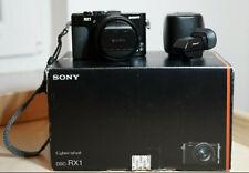 Sony Cyber-shot DSC-RX1 24,3 MP Digitalkamera - Schwarz mit Zubehörpaket