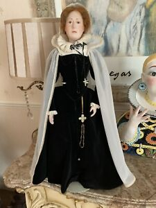 """Beautiful Vintage Mary Queen Of Scots Artist Doll Approx 22"""" Tall"""