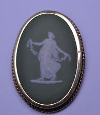VINTAGE GF GREEN LARGE OVAL WEDGWOOD WOMAN & GARLAND CAMEO PIN MADE IN ENGLAND