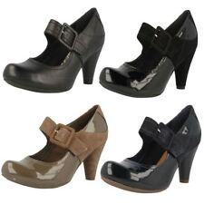 Clarks Standard (D) Formal Cuban Heels for Women