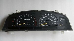 1998 Toyota 4Runner Pickup V6 3.4L AT Speedometer Gauge Cluster 285K 83800-35212