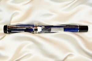 Parker Duofold Blue Mosaic Fountain Pen/Medium 18k Nib New