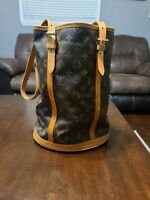 Authentic Louis Vuitton Monogram Canvas Leather Bucket GM Shoulder Bag