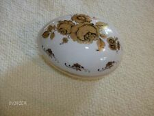 Lord Nelson Pottery decorative egg with gold leaf roses and leaves
