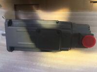 Mitsubishi HA-SH102B AC Servo Motor HASH102B New In Box Expedited Shipping