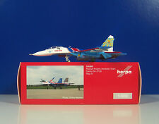 Sukhoi SU-27 Russian Knights Aerobatic Team - Сухой Су-27 - 1:200 Herpa 556385