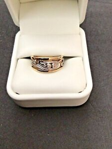 PRE OWNED  9CT YELLOW &WHITE GOLD DIAMOND SET RING. (B18)