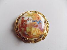 """Lovely Large Gold Tone """"Lovers"""" Brooch"""