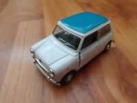 CORGI CARARAMA 1/43 CLASSIC WHITE MINI COOPER + BLUE ROOF - DIECAST MODEL CAR