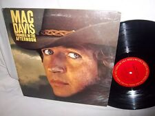 MAC DAVIS-THUNDER IN THE AFTERNOON-COLUMBIA PC 34313 NO BARCODES VG+/VG+ LP