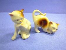VINTAGE JAPAN CAT KITTEN KITTY LOT OF 2 FIGURINES WHITE BROWN