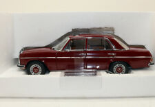 Sun Star Platinum 4582 Mercedes-Benz W115 Strich 8  4 Door Car Burgundy 1/18