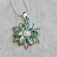versilbert grün Hauttöne Abalone-Muschel Paua Blume mit Kunstperle
