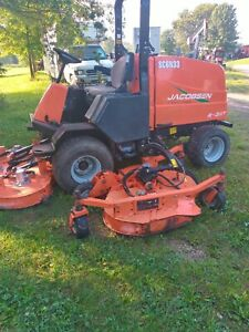 Jacobsen R311T 11' bat wing mower in good condition shows 171 hrs  [approx 2200]