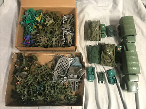 Huge Lot of Plastic Army Men Soldiers $ cannon/tanks/trucks (see photos)