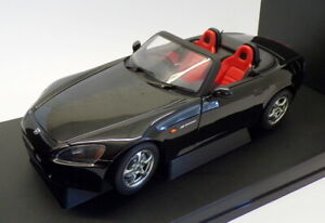 Autoart 1/18 Scale 73210 - Honda S 2000 Japanese Version - Black