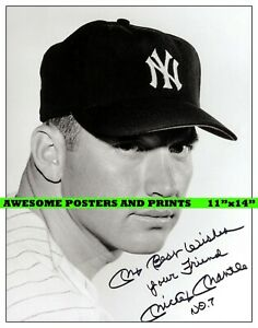 Vintage, Extremely RARE Mickey Mantle signed Large Photograph Reprint. 11x14
