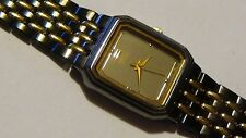 Vintage Ladies Seiko Black 2toned  analog quartz w/ New Battery 2P21-5A80